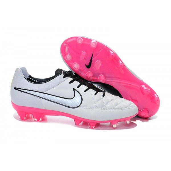 Black And White Tiempo Soccer Shoes